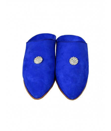 Pointed suede slipper