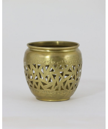 Small golden candlestick