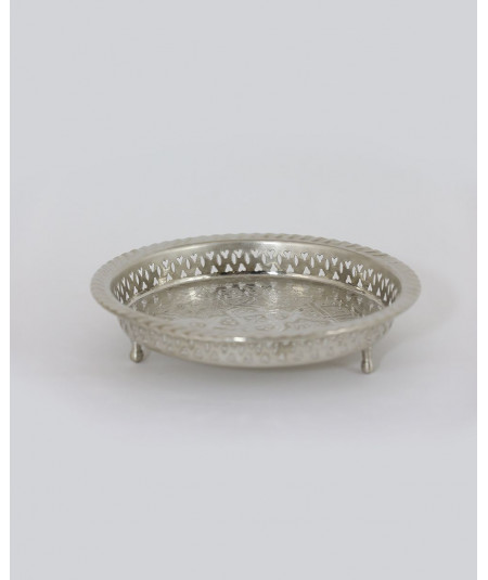 Small round tray in silver