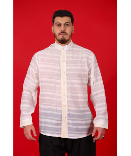 Chemise beige rayée traditionnelle