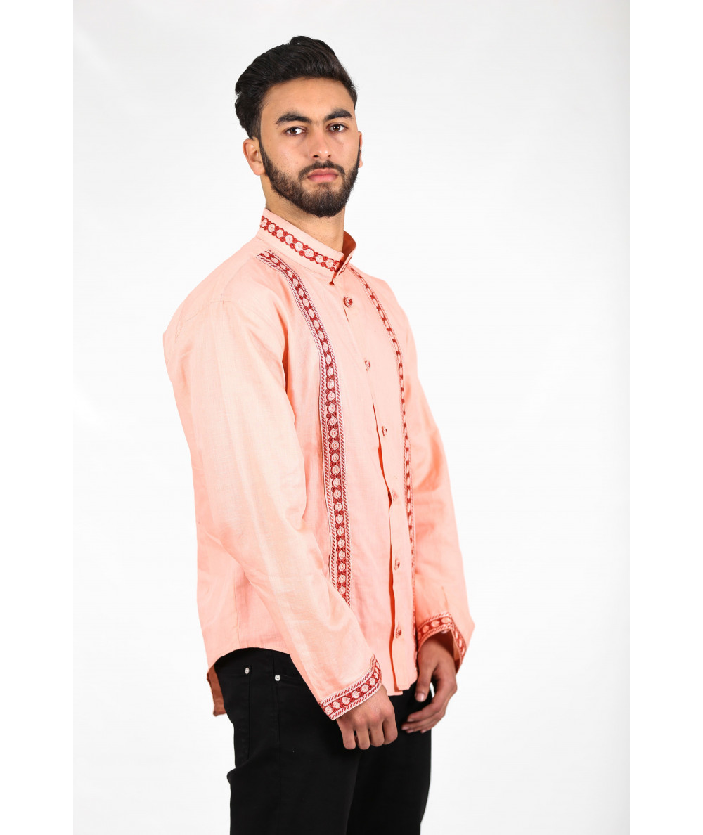 Pink shirt with flower buttons